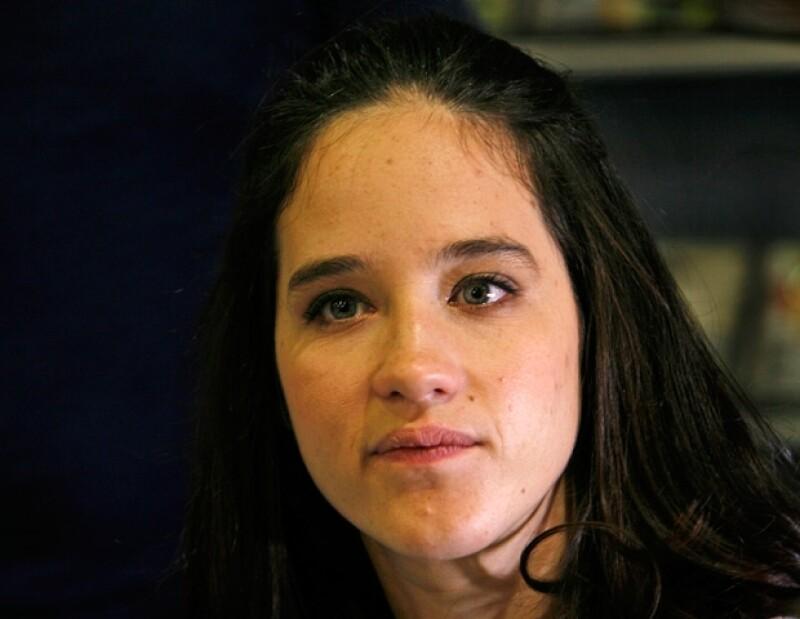 La joven artista compartió vía Twitter su pesar por el fallecimiento de Verónica Márquez, quien se vio atrapada el martes en un accidente.