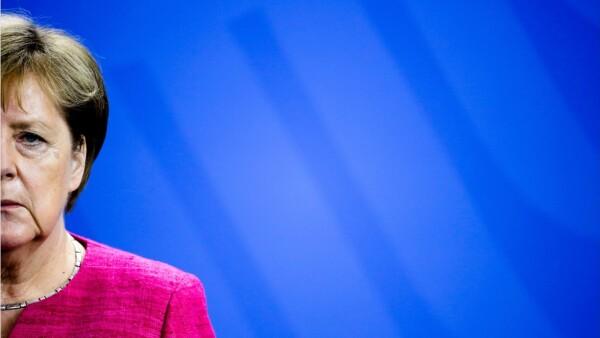 Merkel-descartó-eliminar-aranceles-a-los-autos-entre-EU-y-la-Unión-Europea