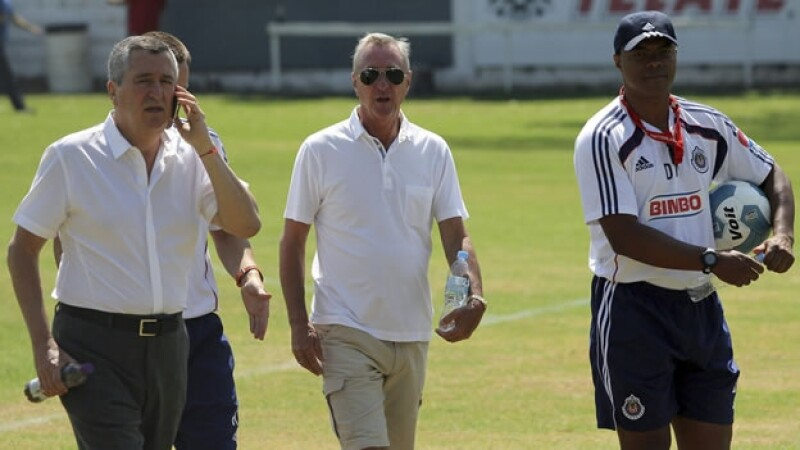 Johan Cruyff llega al Guadalajara