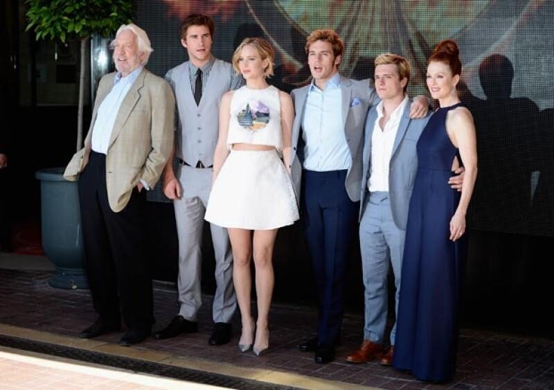 Las actrices brillaron el día de hoy en la presentanción de la película `Sinsajo´de la saga `Hunger Games´.