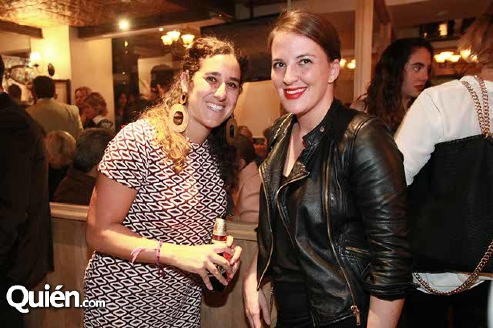 Mariangela Avola y Angela Cabrero