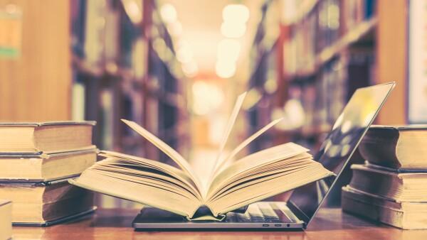 Biblioteca vs. libros digitales