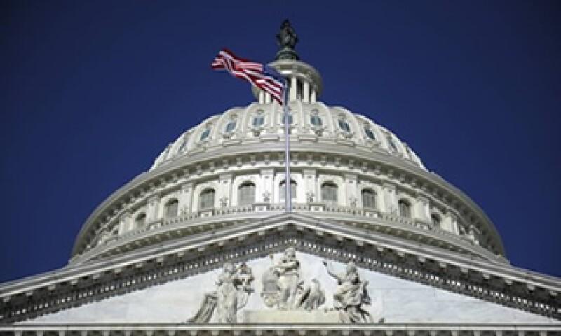 Los expertos indican que el Congreso tiene un mes para elevar el tope de deuda.  (Foto: Getty Images)