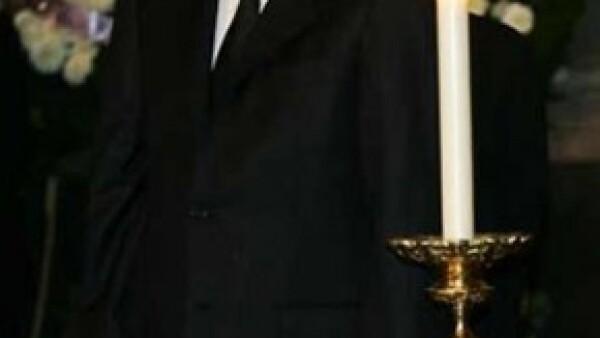 Fernando Ebrard Casaubón, hermano menor del jefe de gobierno del Distrito Federal, será velado hoy en la funeraria Gayosso de Félix Cuevas.