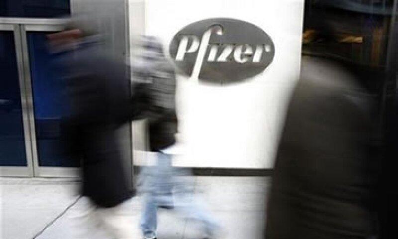 Los ingresos de la firma cayeron 7% a 15,410 mdd. (Foto: Reuters)