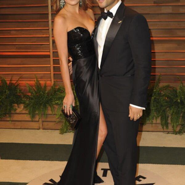 Chrissy Teigen junto a John Legend.
