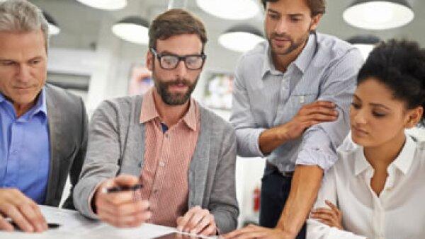 El trabajo burocrático está orientado a la eficacia, pero no a la innovación ni al compromiso. (Foto: Getty Images)