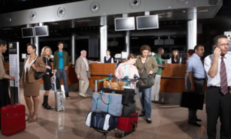 La aerolínea Lufthansa fue demandada por sus pasajeros tras un vuelo que demoró más de 24 horas. (Foto: Getty Images)