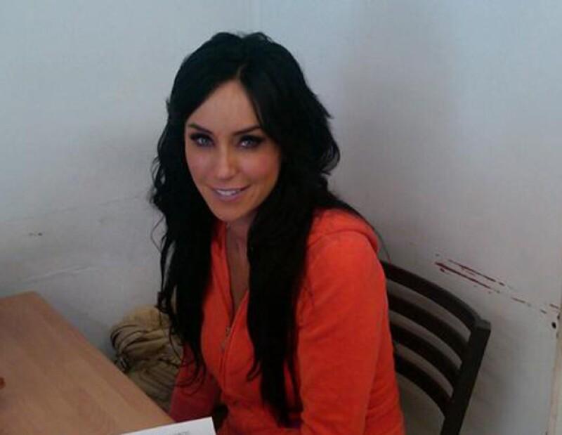 La conductora de TV Azteca informó a todos sus fans vía Twitter que hoy se someterá a una cirugía debido a una hernia.