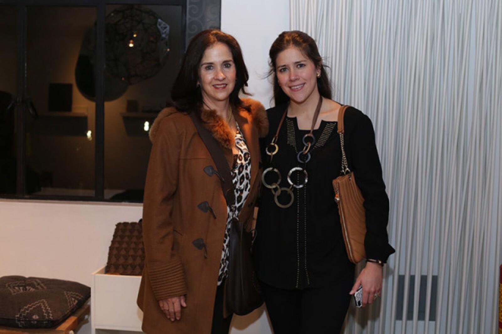 Mónica Cabrero y Carla Sofía Elizunda