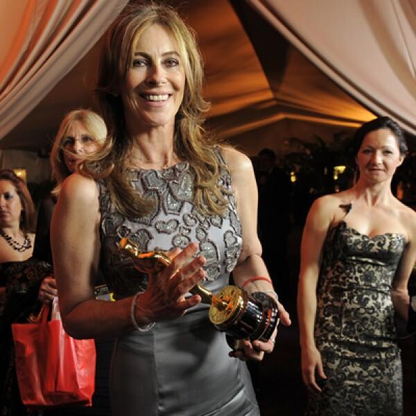 La directora Kathryn Bigelow se llevó en 2010 la estatuilla dorada por la película Zona de Miedo. Rompió con el paradigma de que sólo los hombres ganaban en la categoría de Mejor Director y venció a su ex esposo James Cameron.