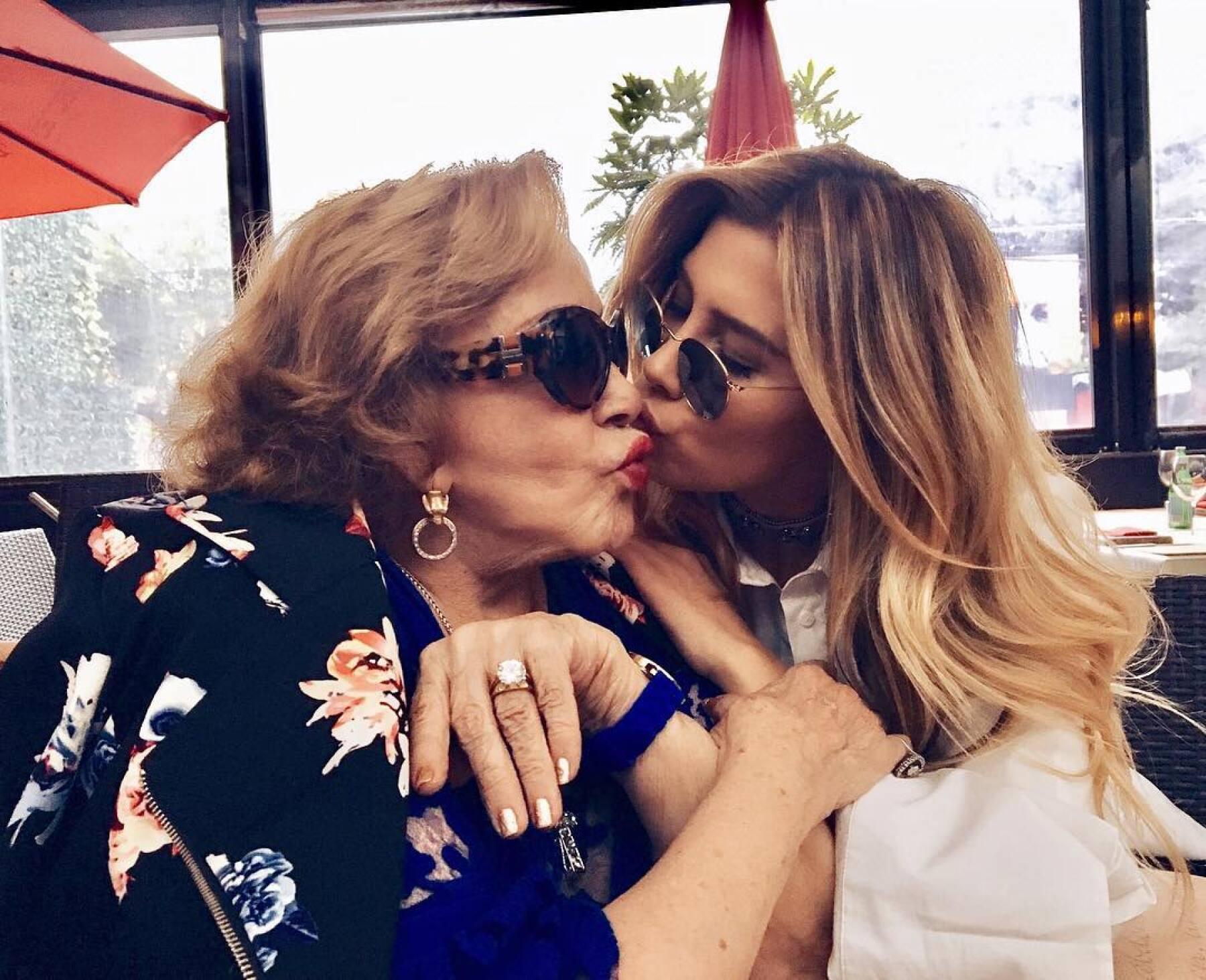 Silvia Pinal con Michelle Salas