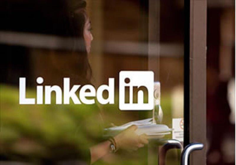 LinkedIn pasó de una pérdida de 4 mdd a una ganancia de 15.4 mdd en un año. (Foto: Cortesía CNNMoney.com)