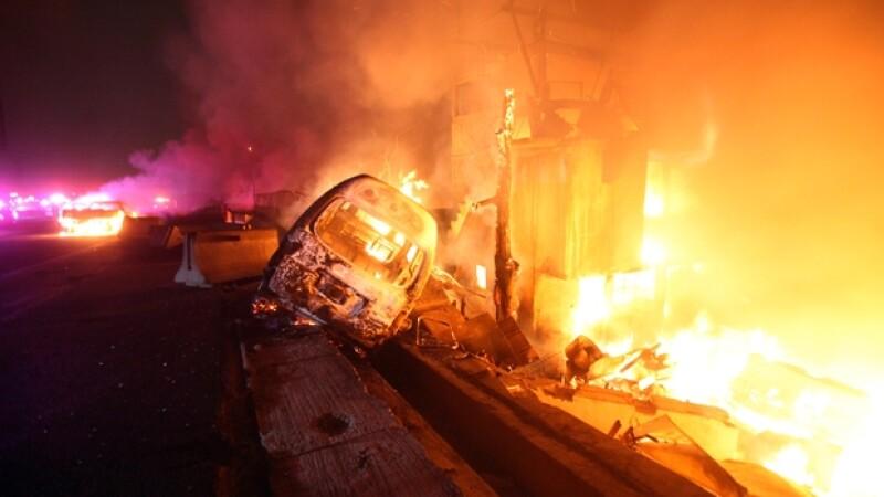 La explosión, que también dejó 36 heridos, afectó a una veintena de casas y al menos a 15 vehículos, según autoridades locales.