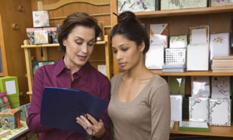 Para garantizar un proceso de colocación con los mayores beneficios, es importante que las pequeñas empresas preparen su estructura corporativa, señalan los expertos. (Foto: Thinkstock)