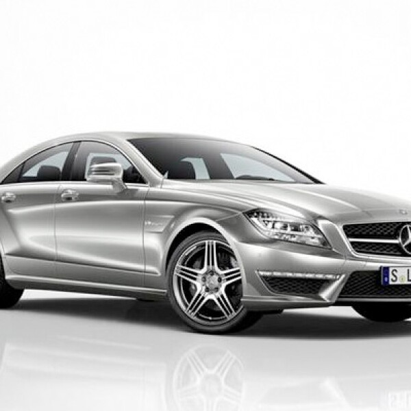 El precio para la única versión roza los 1.8 millones de pesos, tan sólo 100,000 pesos más que su hermano, el E63 AMG.