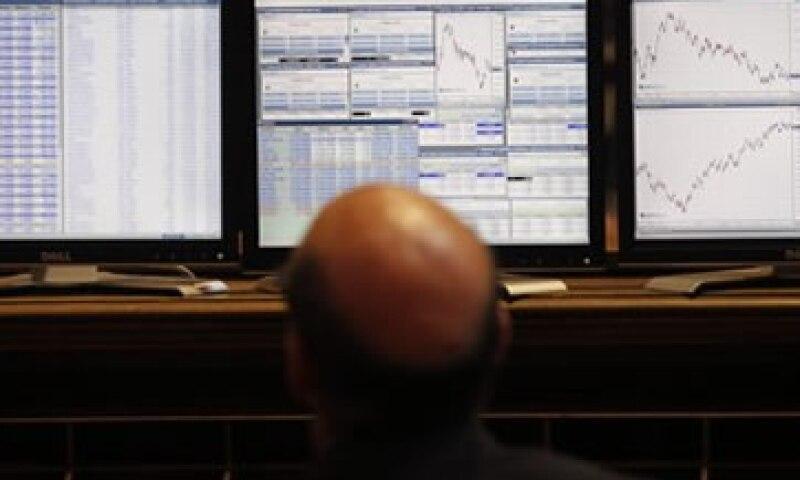 Los financieros creen que la medida evitará la ola de ventas por parte de inversores institucionales. (Foto: Reuters)