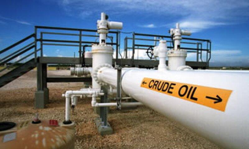 Bajo las reglas actuales, se puede exportar crudo extranjero desde EU si no está mezclado con petróleo estadounidense. (Foto: Getty Images)