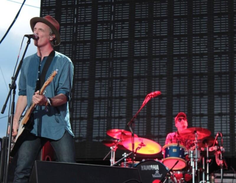 La banda escocesa Travis fue de las favoritas el primer día del festival.