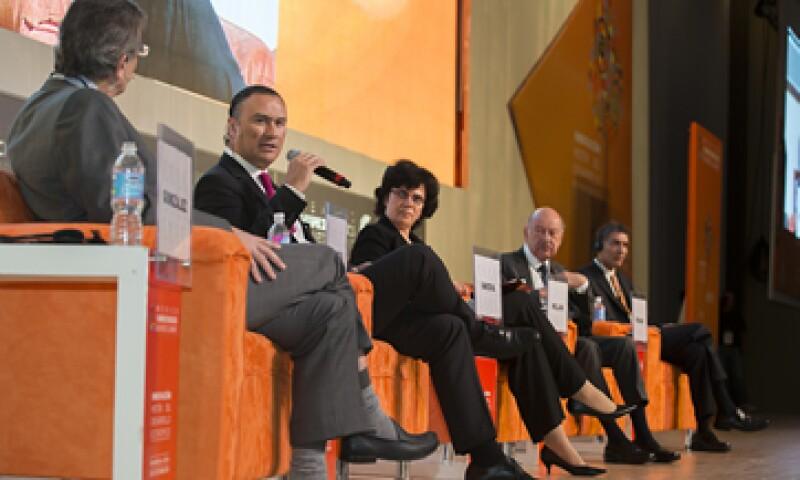 Se deben impulsar políticas más agresivas para favorecer la inversión, coincidieron expertos. (Foto: Jesús Almazán)