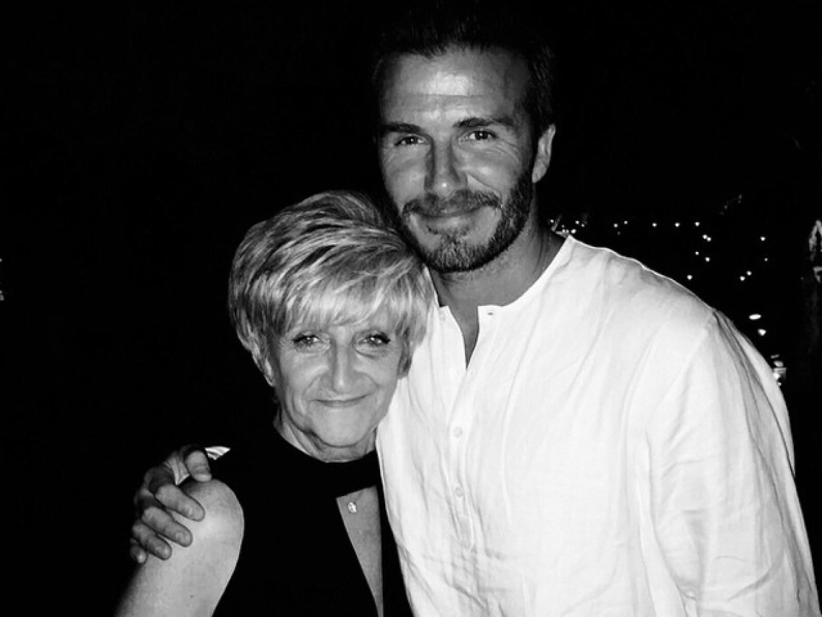 Davi Beckham y su madre