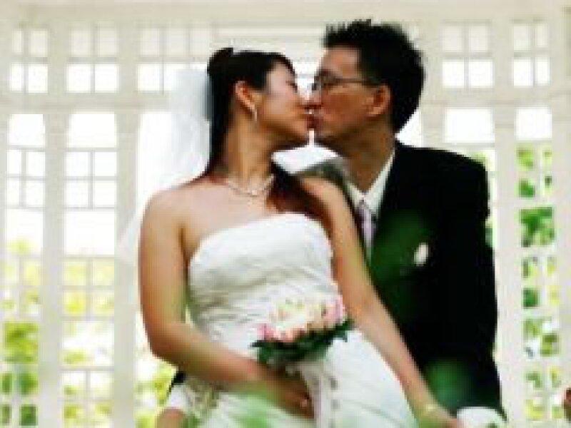 Muchos novios en Japón no quieren invitar a sus propios conocidos, así que invitan a sustitutos a sus bodas. (Foto: Cortesía SCX)