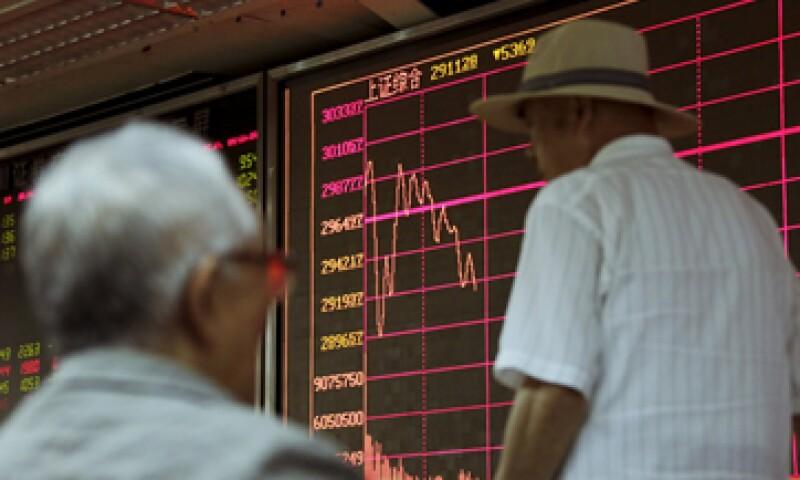 El índice compuesto de Shanghái cerró en 3,232.35 unidades. (Foto: Reuters )