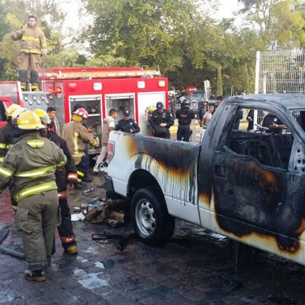 camioneta incendiada guerrero