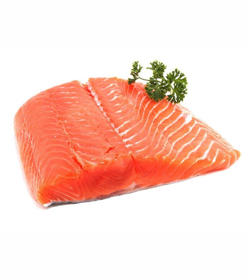 El salmón contiene omega 3, un ácido graso importante para el desarrollo del cerebro de tu bebé.