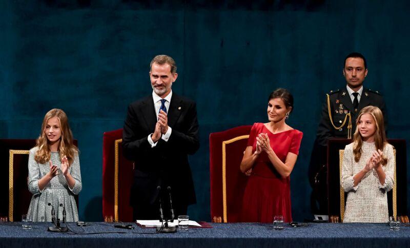 Princesa Leonor, rey Felipe VI, reina Letizia e infanta Sofía