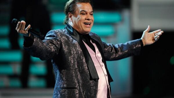 """""""No tengas miedo"""" es el tema inédito que El Divo de Juárez dejó y que ayer dio a conocer su casa discográfica."""