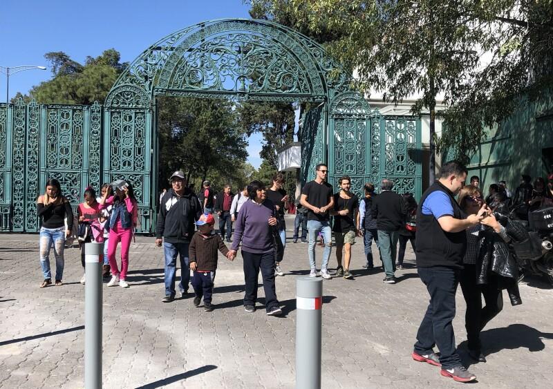 Esta es la primera vez desde su edificación que la residencia oficial de Los Pinos abre sus puertas