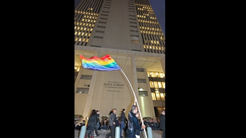 Manifestantes homosexuales Salt Lake City Utah