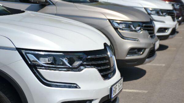 autos Renault formados