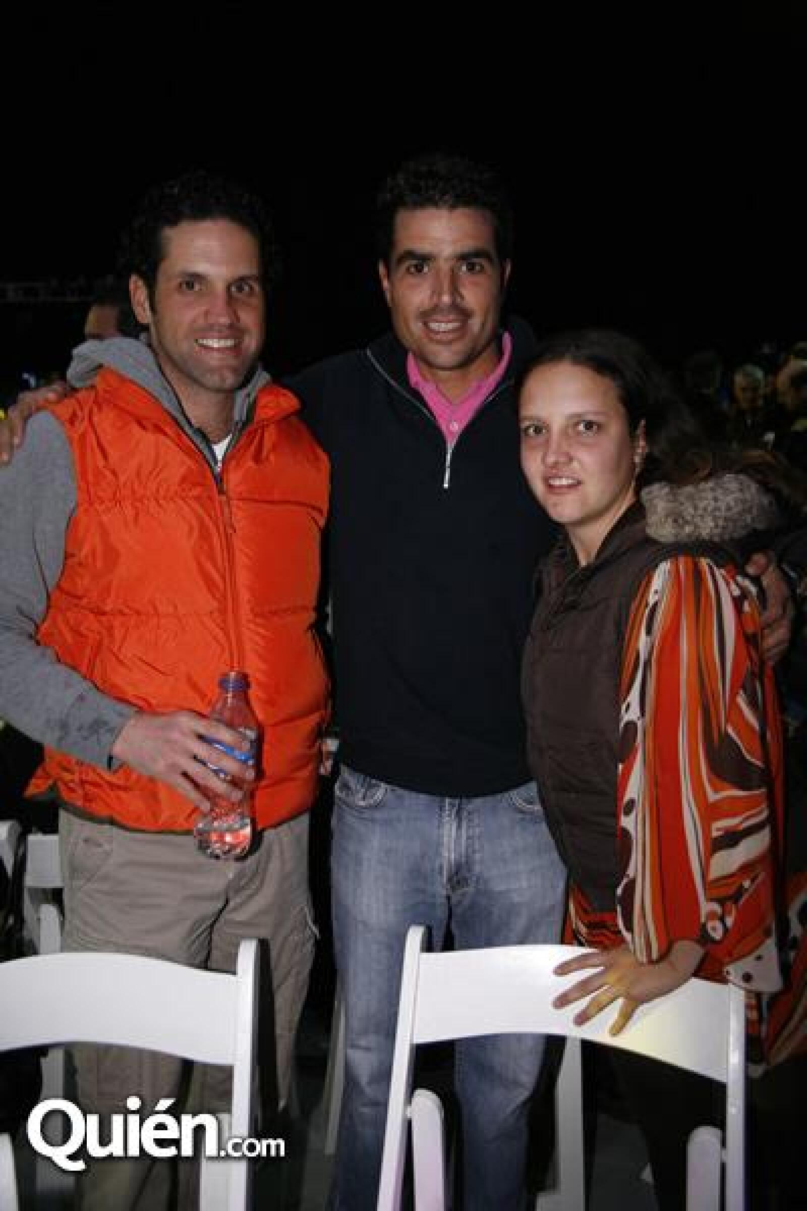 Marco de la Torr,Nicolas Pizarro,Rocío Barriga