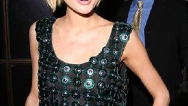 Paris Hilton&#39s My New BFF ahora se trasladará a Medio Oriente, la joven viajará para conseguir un amigo residente de Dubai