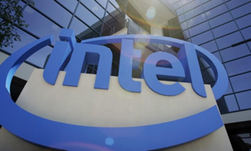 Intel reportó ganancias en su más reciente reporte fiscal por 54,000 millones de dólares.  (Foto: AP)