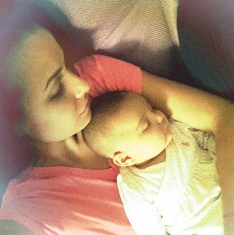 Odalys no deja de presumir a su bebé Gia.