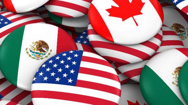 botones con banderas de M�xico, Estados Unidos y Canad�