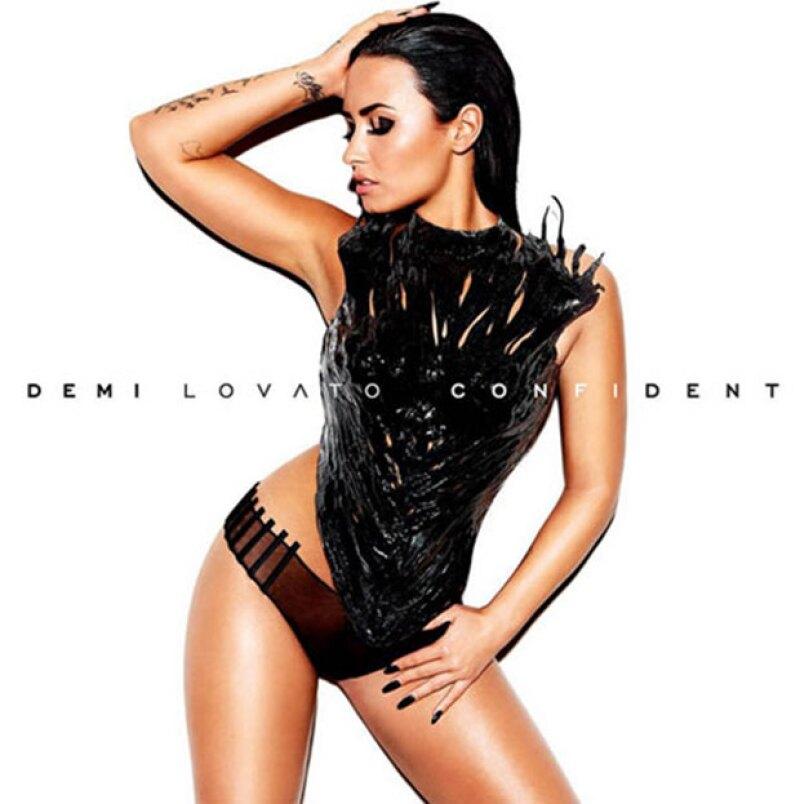 'Cool for the summer' es su primer sencillo, pero muchas celebs ayudaron a revelar los demás temas de 'Confident' a través de Twitter.