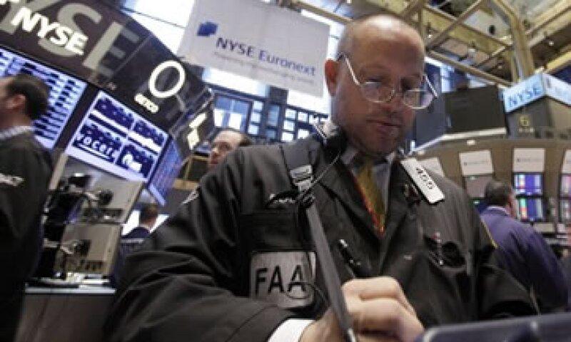 La cifra de manufactura calmó el temor a una desaceleración en la economía de EU. (Foto: AP)