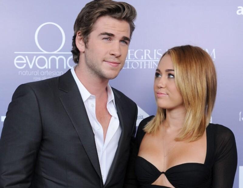 Miley respondió enojada a los rumores de su separación de Liam a través de Twitter.