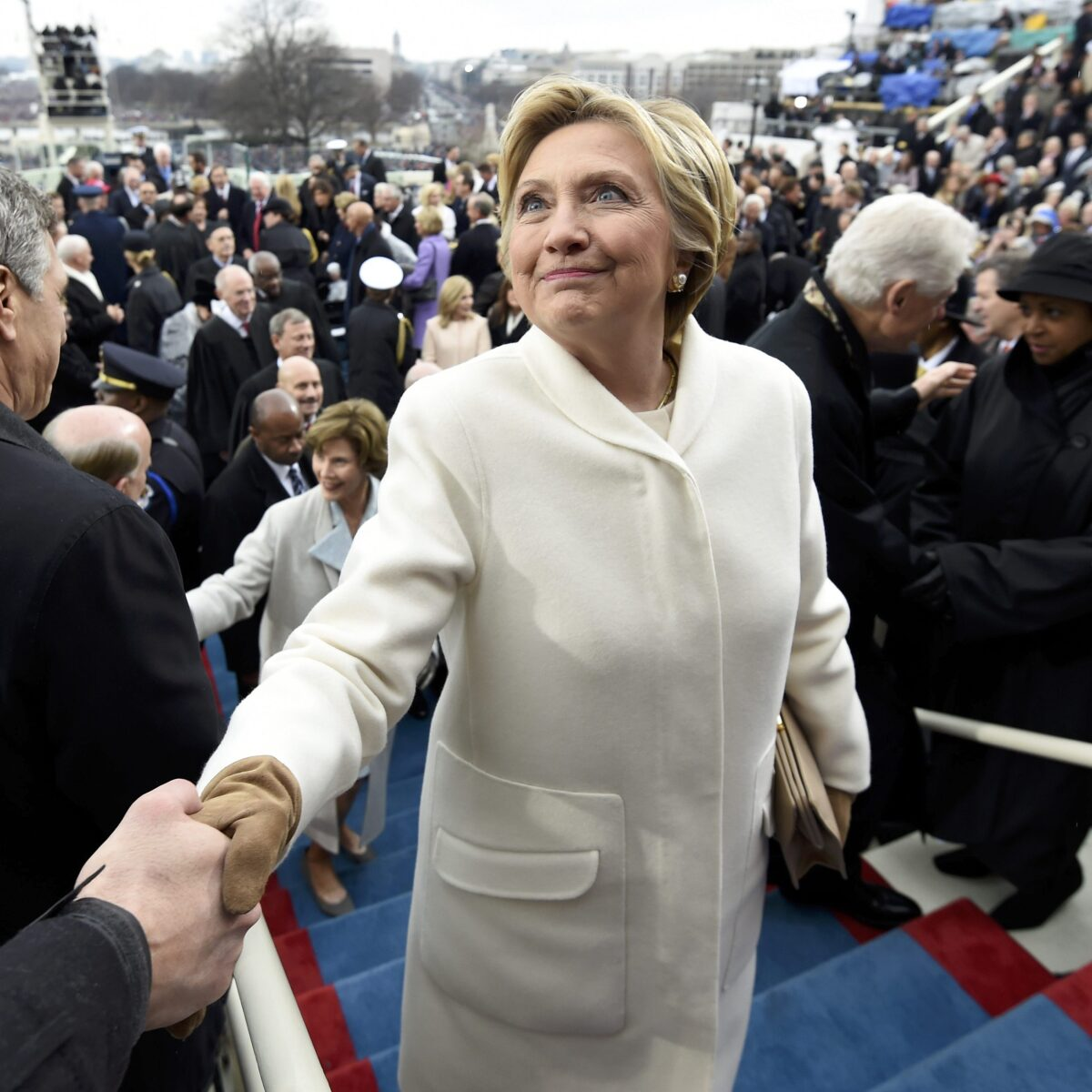 Hillary Clinton escribe un libro sobre la campaña de 2016