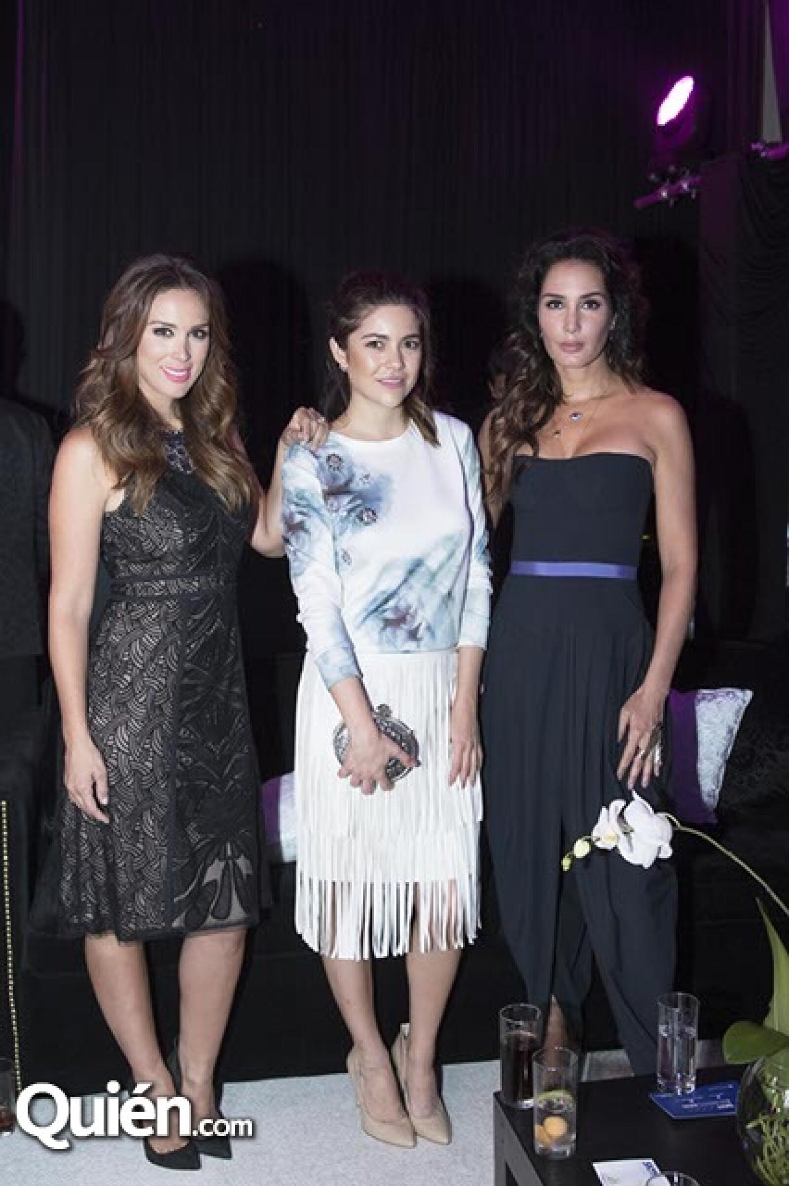 Jaqueline Bracamontes, Lorena Dominguez y Martha Cristiana