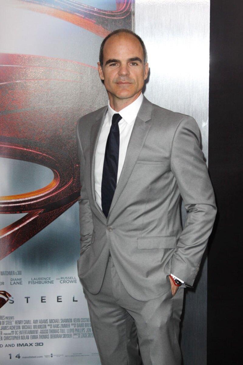 """Michael Kelly, quien interpreta a """"Doug Stamper"""" en la serie """"House of Cards"""", dijo sentirse sorprendido sobre la cantidad de fans que tiene el programa en México."""