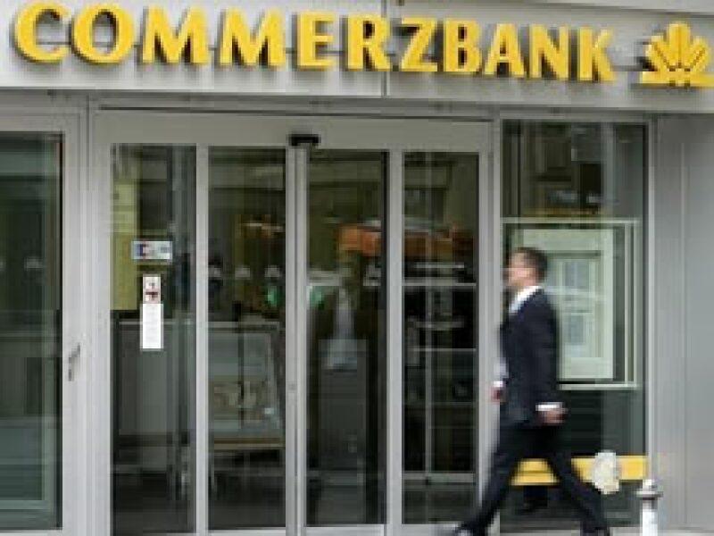 La entidad financiera alemana Commerzbank recibirá ayuda del gobierno. (Foto: AP)