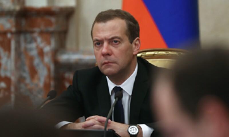 El primer ministro ruso, Dmitri Medvedev, aseguró que las sanciones pueden ampliarse de ser necesario. (Foto: AFP)