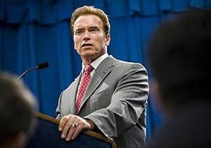 Arnold Schwarzenegger despidió a 2,000 empleados tras la reclasificación. (Foto: Reuters)
