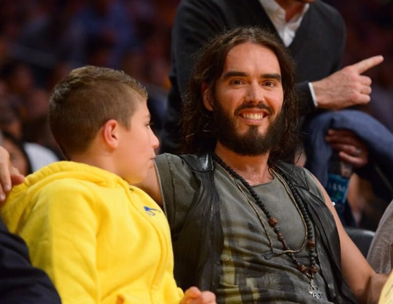 Anoche ambos asistieron a un partido de basquetbol donde jugaron los Lakers de Los Ángeles contra los Mavericks de Dallas; a pesar de que no estuvieron juntos, los dos sabían que su ex estaba ahí.