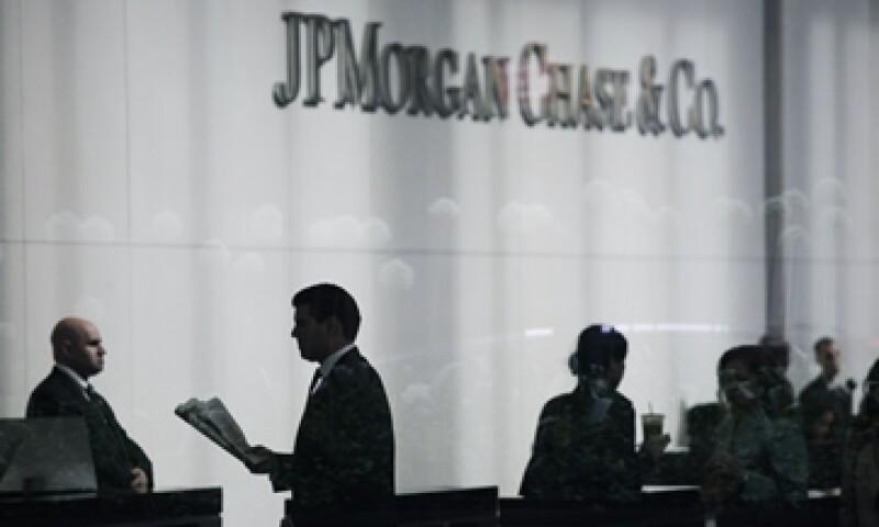 El banco ha advertido que sus pérdidas en la operación de coberturas probablemente aumenten, pero no detalló en cuánto.  (Foto: AP)